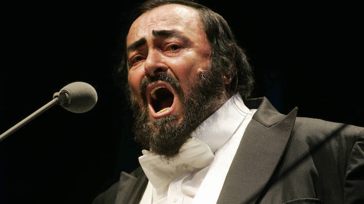 perfect breath control by pavarotti made him one of the best singers ever.